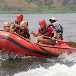 Family rafting on the Nile